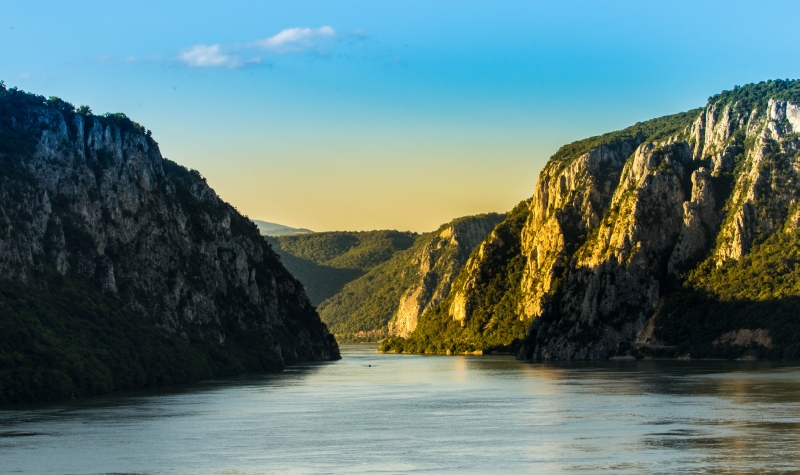 what to see in serbia. Serbia land coloured with life. Djerdap